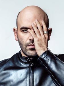 Interview de Roberto SAVIANO en exclusive pour RADICI (prochain numéro, mois d'Avril)